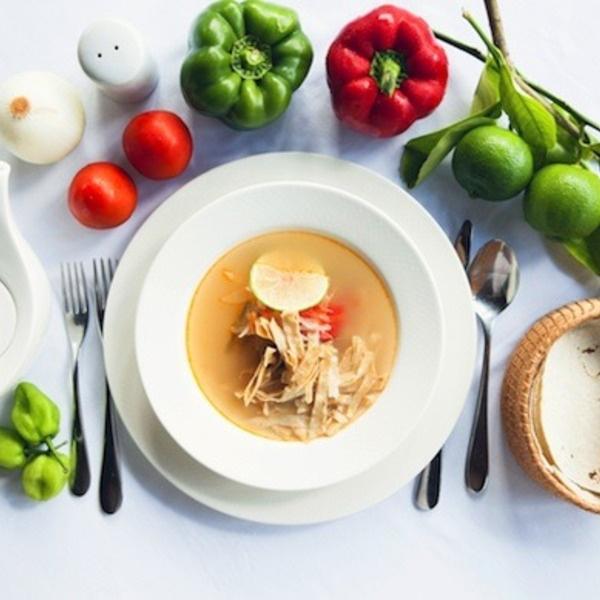 Receta mexicana de sopa de lima