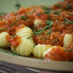 receta gnocchis con tomate