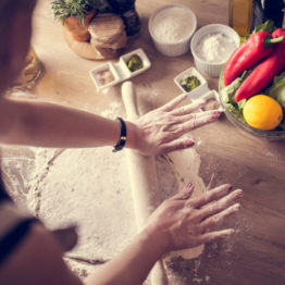 Cómo hacer masa de pizza casera