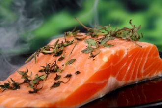 cocinar el salmon con o sin piel