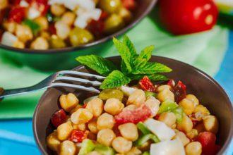preparar ensalada legumbres