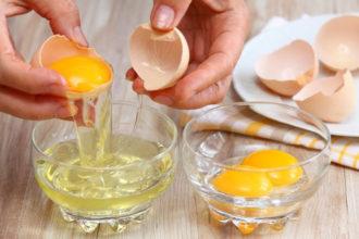 trucos para separar las claras de las yemas del huevo